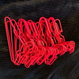 🍀(5 for $20) 30-kid hangers